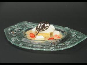 Cremós de plàtan amb gelat de iogurt de La Fageda