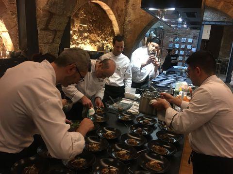 El col·lectiu de Cuina Volcànica celebra 25 anys amb 3 sopars temàtics a Barcelona